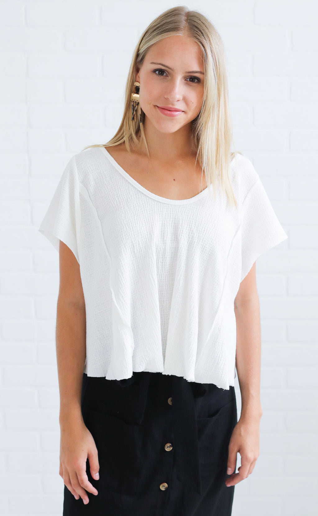 crop to it basic tee