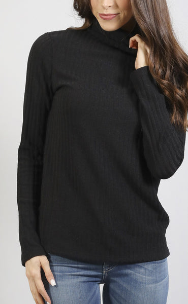 crush on you turtleneck top - black