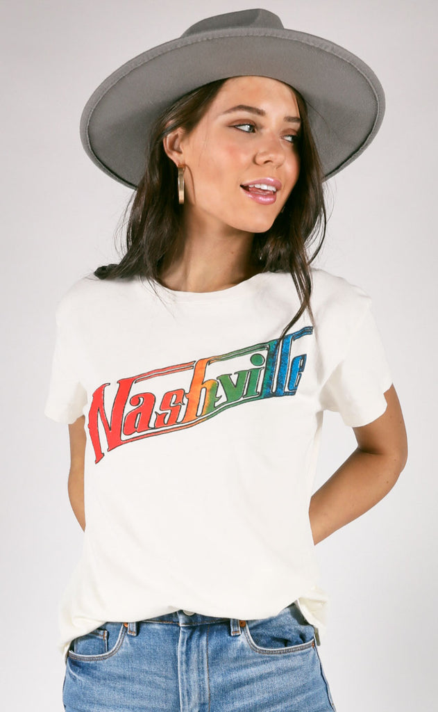 daydreamer: nashville tour tee