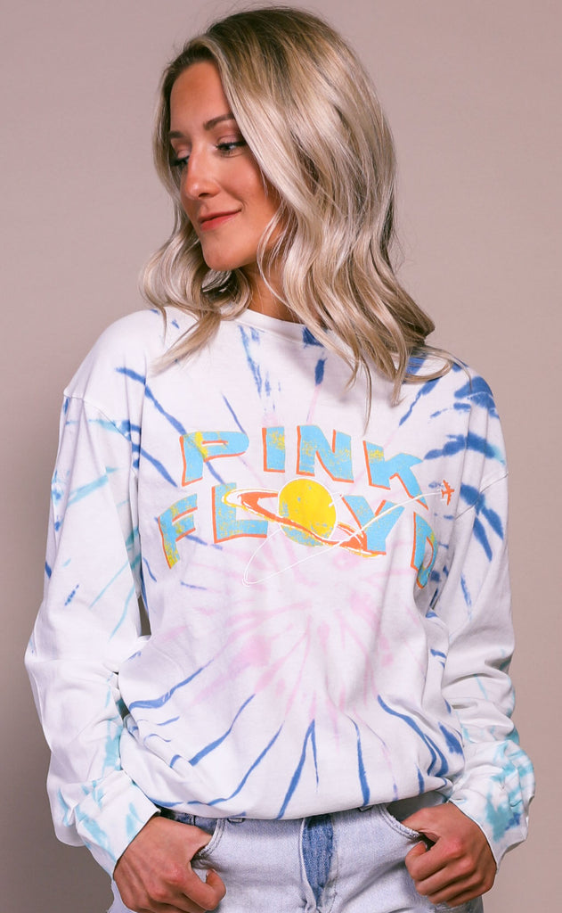 daydreamer: pink floyd space oversized long sleeve tee