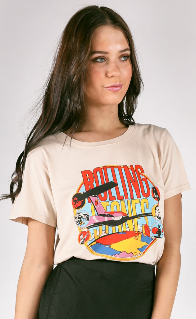 daydreamer: stones around the world tee