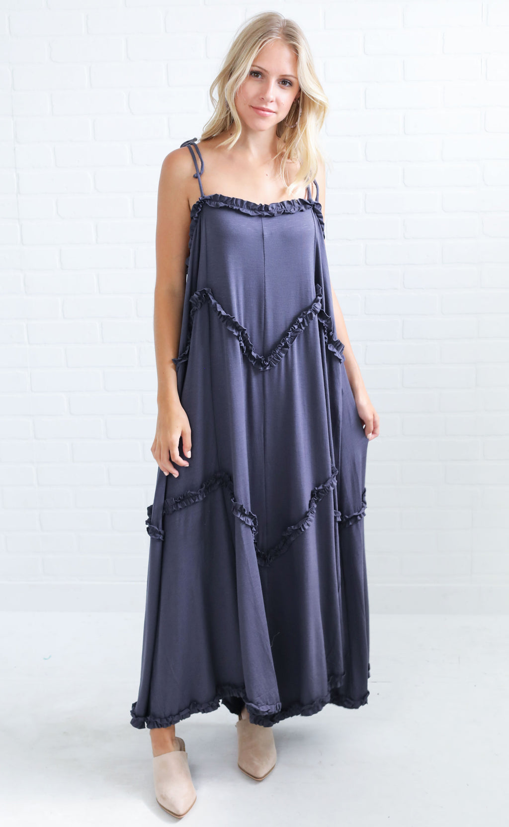 evening breeze ruffle dress - charcoal