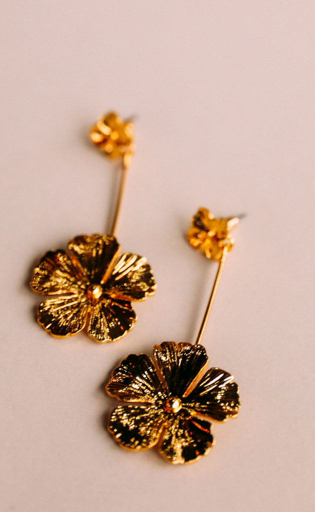 garden party earrings - flower