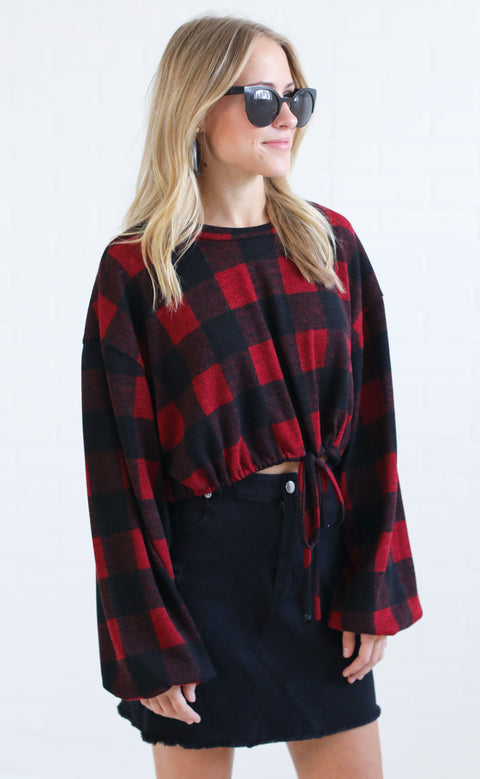 get in check crop top - red
