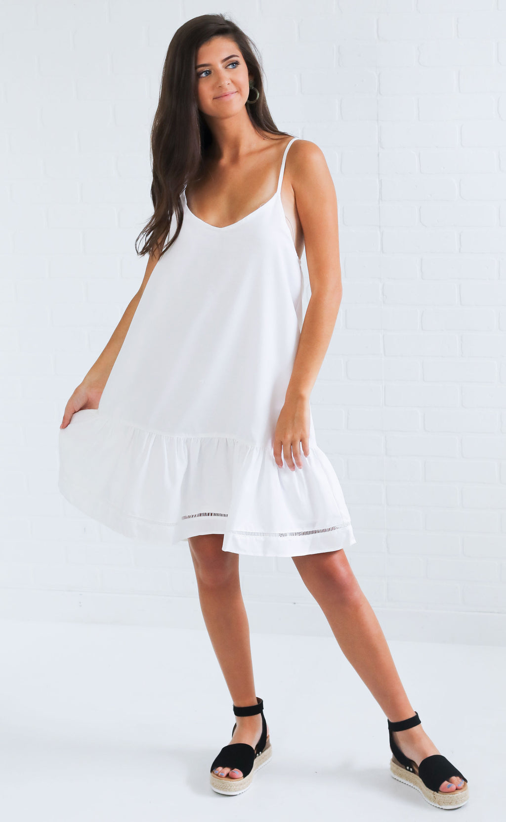 hang loose flowy dress - white