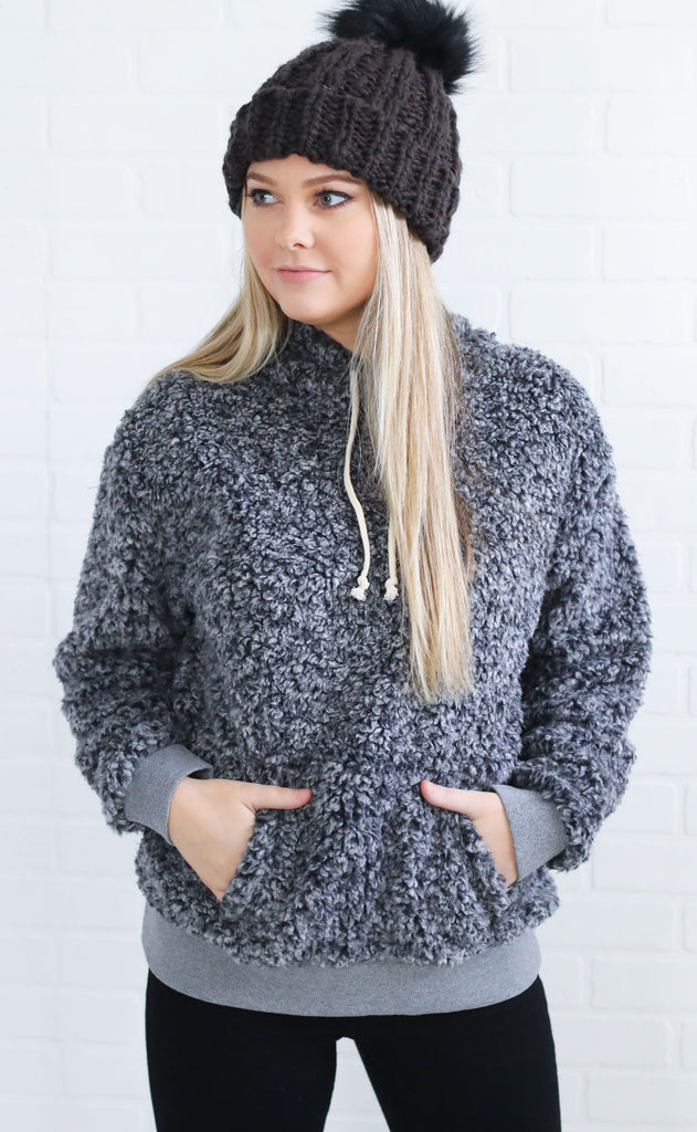 heart warming sherpa pullover - black