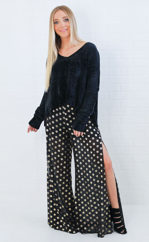 show me your mumu: hug me crop sweater - black chenille