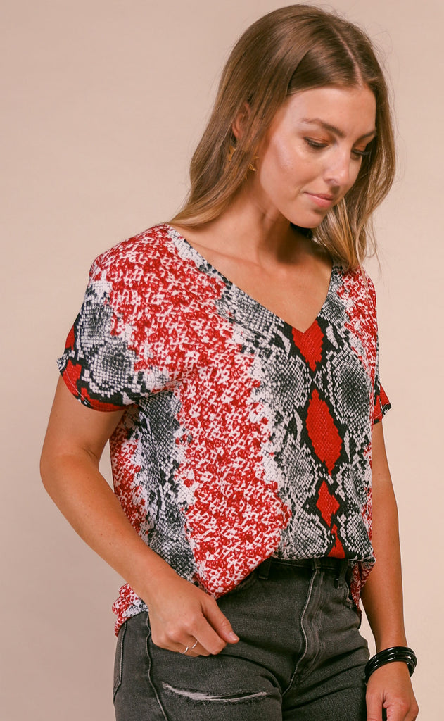 buddy love: baker tunic - red boa