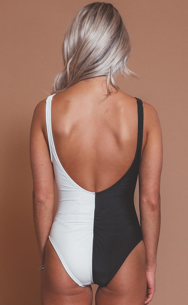 solid & striped: lucia one piece - blackout/marshmallow