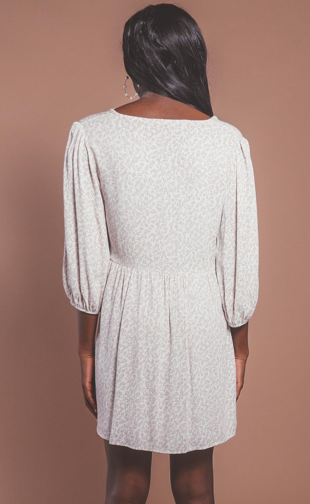 walk with me floral dress - ivory