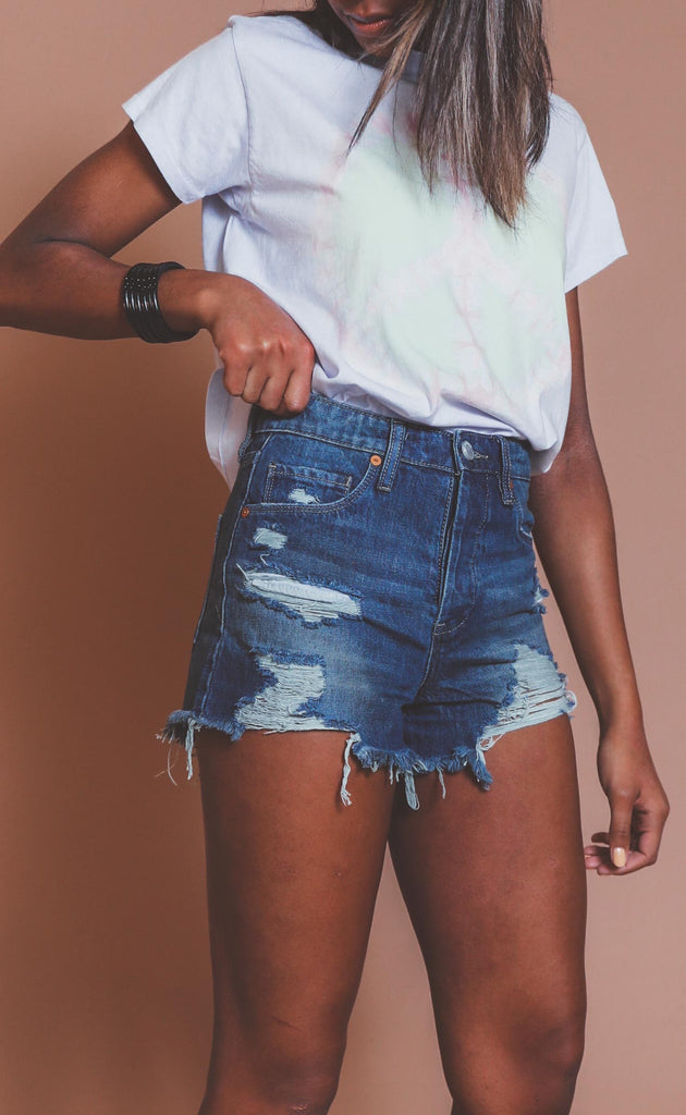 blank nyc: reeve high rise shorts - let it be