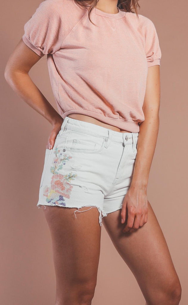 blank nyc: barrow embroidery shorts - closer together