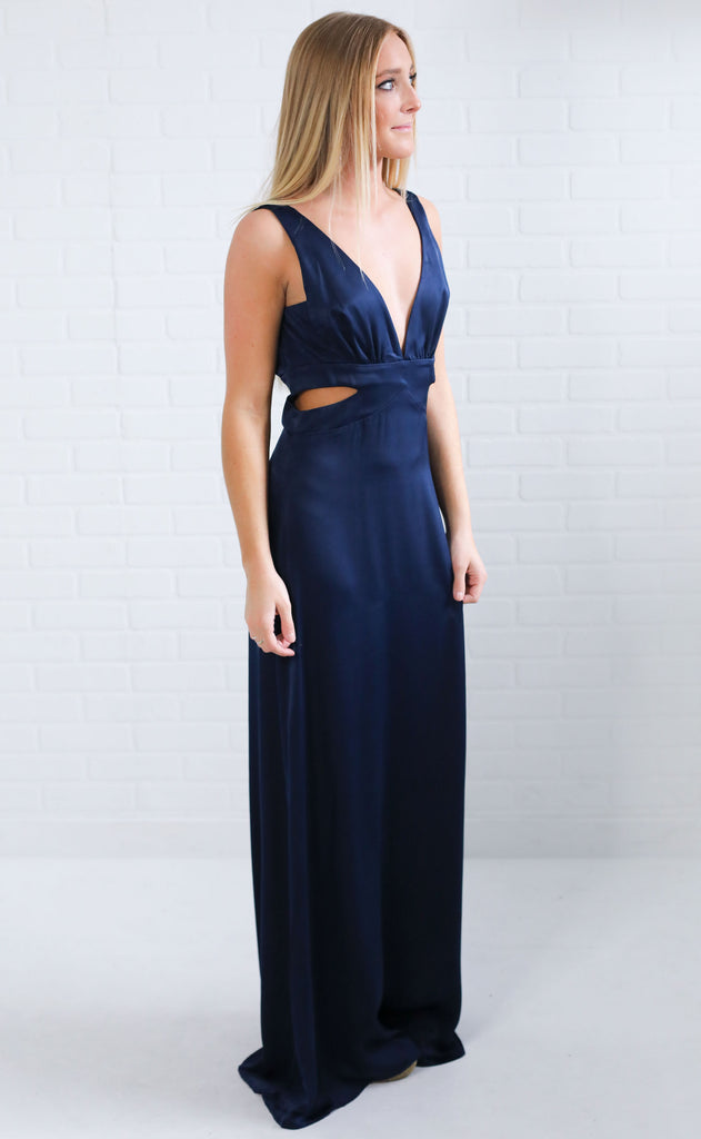 show me your mumu: irina maxi dress - navy sheen