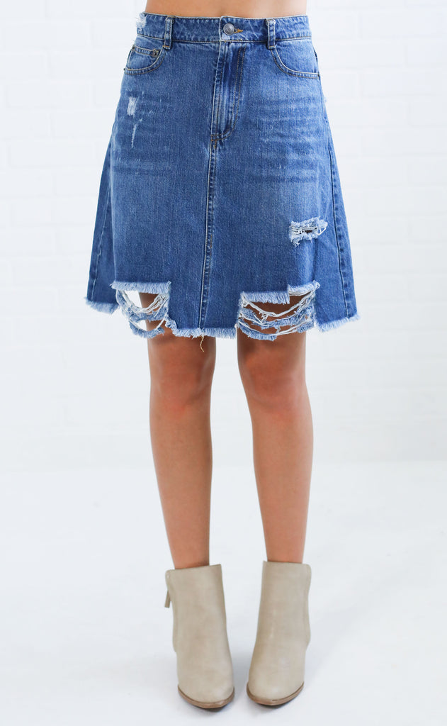 it girl denim skirt