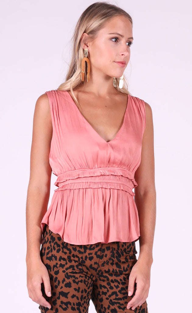 it's a date silky top - pink