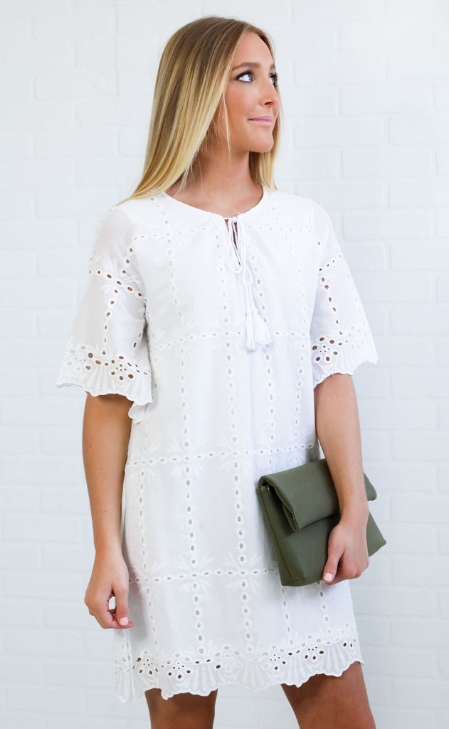 lady in lace swing dress - ivory