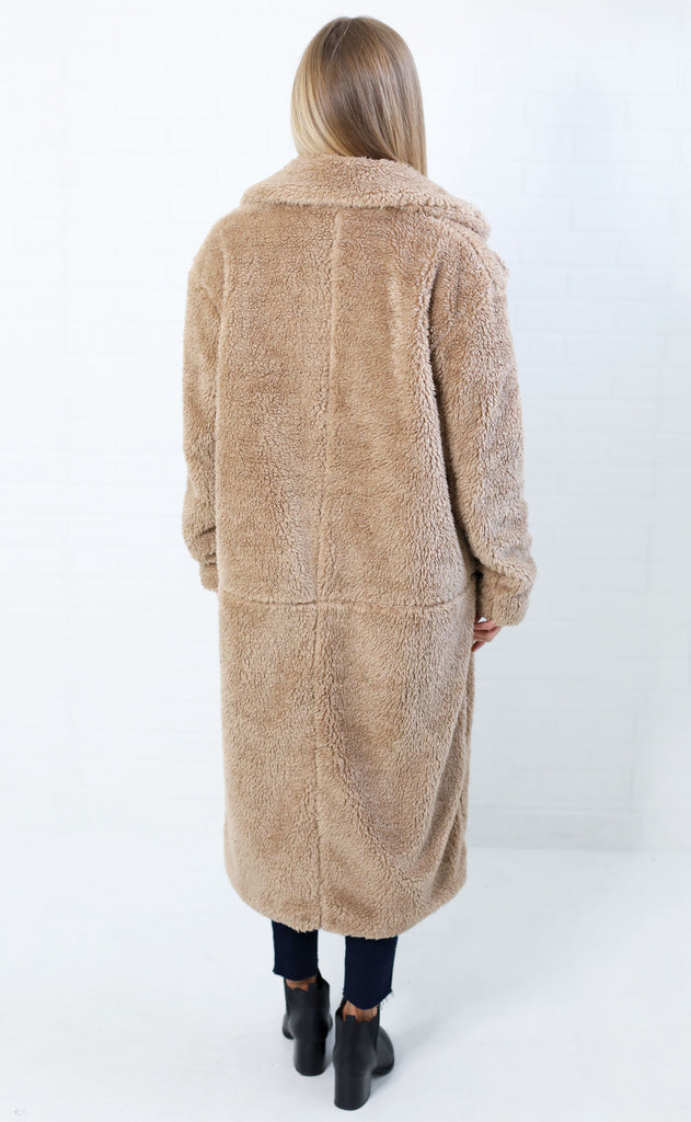 plush worthy oversized coat - tan