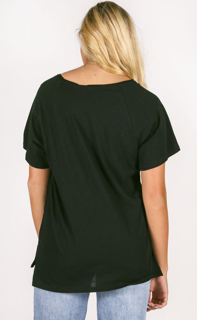 main squeeze pocket tee - black