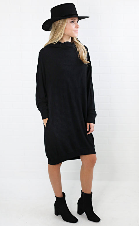 mod moment ribbed dress - black