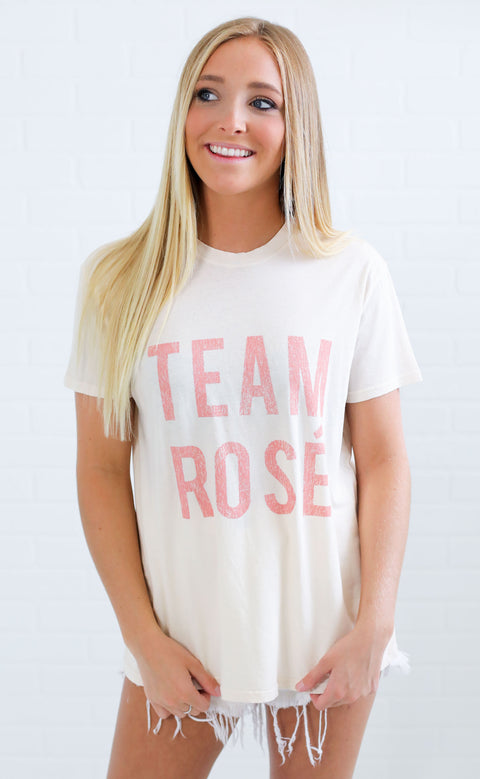 show me your mumu: coalson tee - team rose graphic