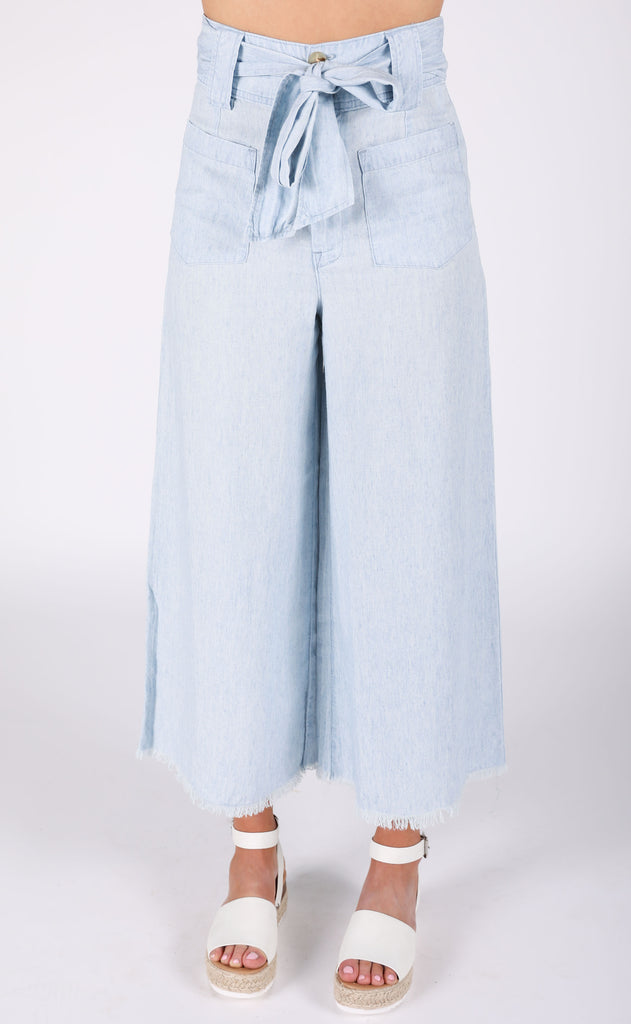 show me your mumu: lasso pants - shore chambray