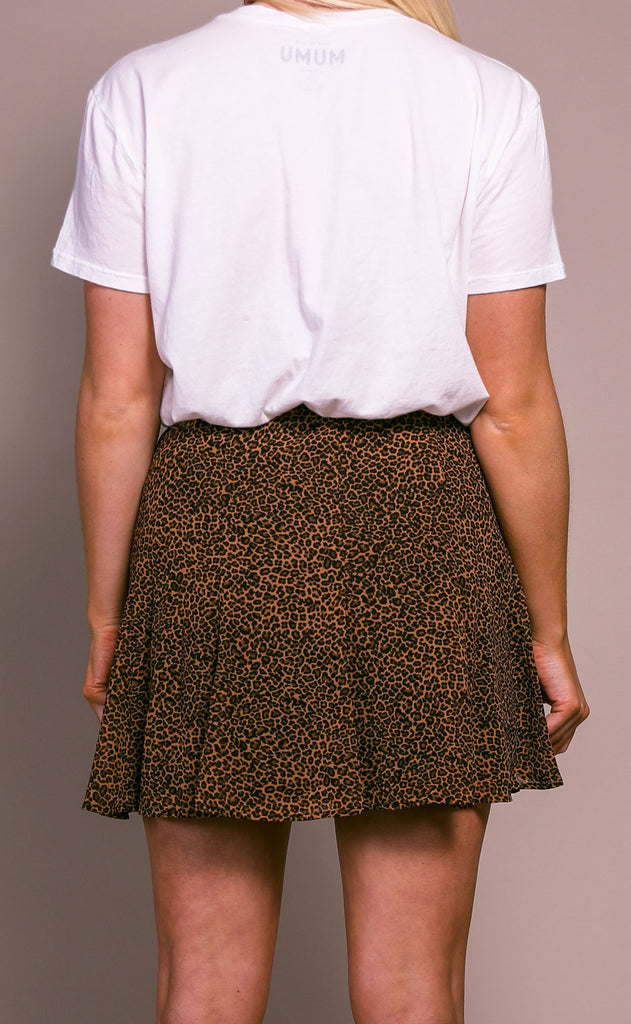 show me your mumu: skater mini skirt - lucky leopard