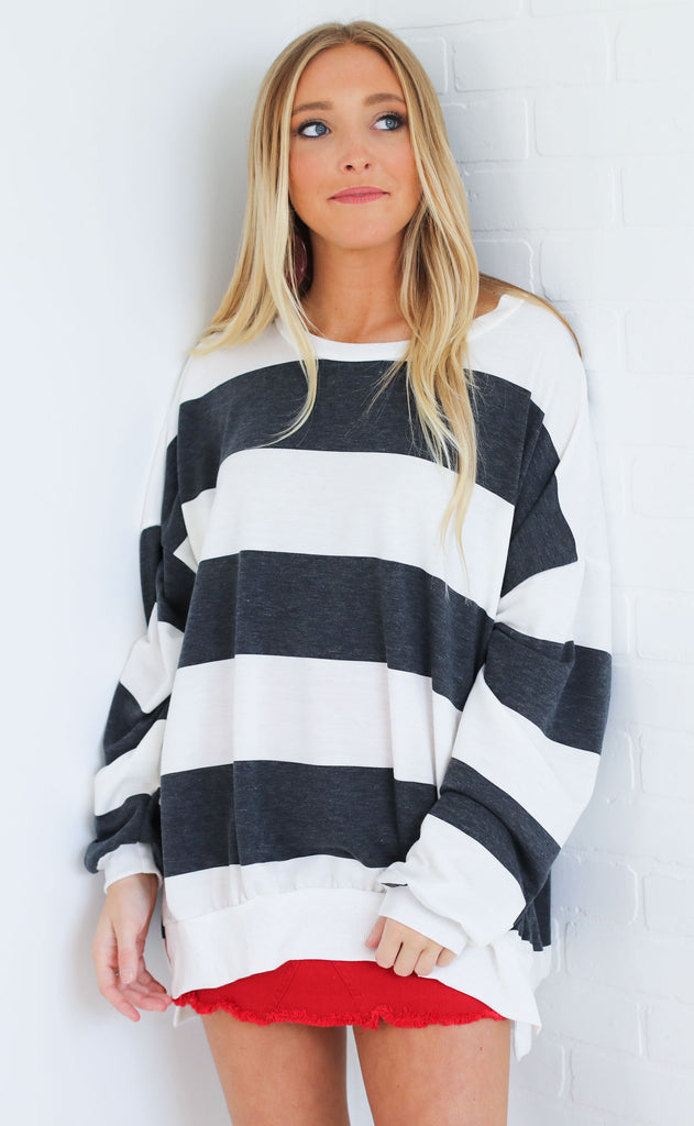 must be love striped pullover - black
