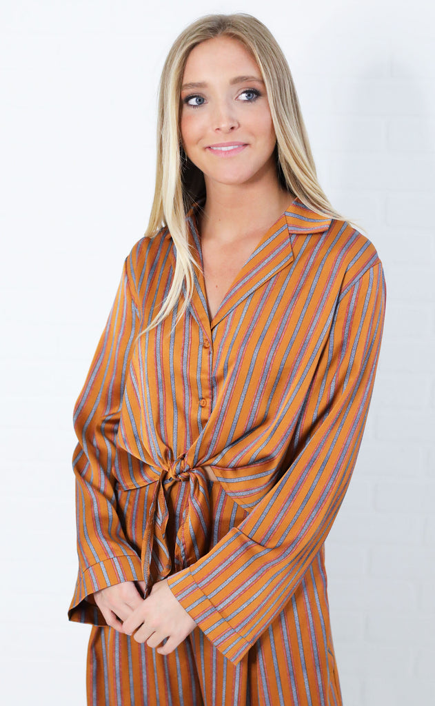 night moves button up top