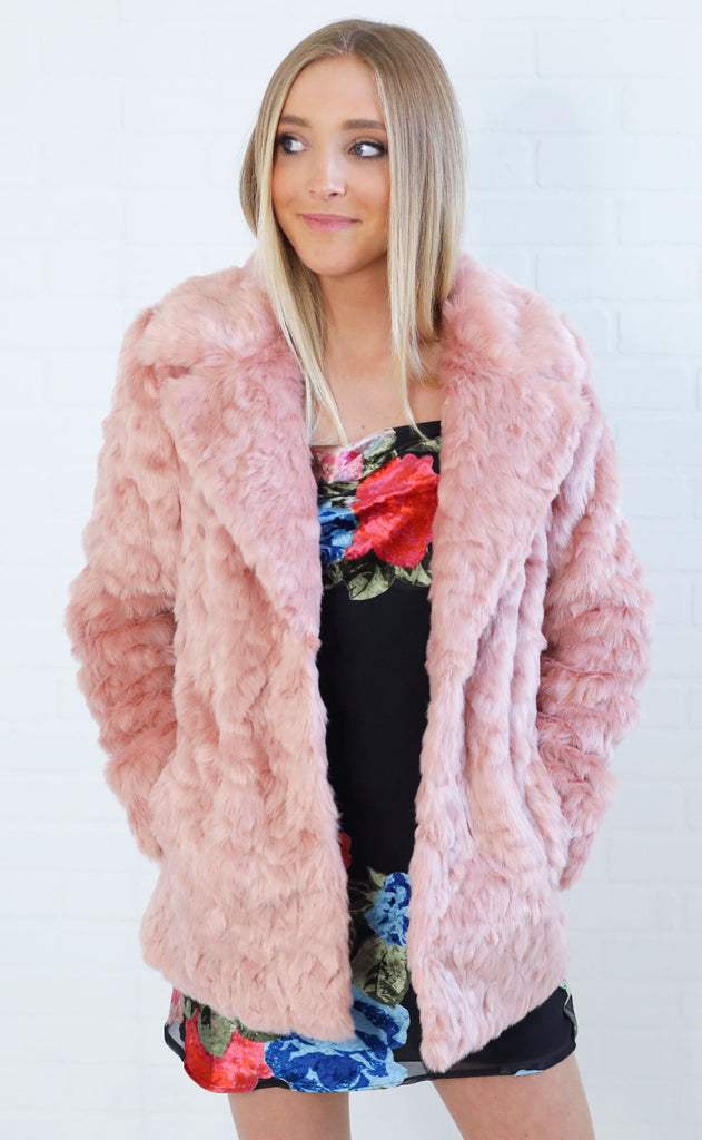show me your mumu: park avenue jacket - mauve faux fur