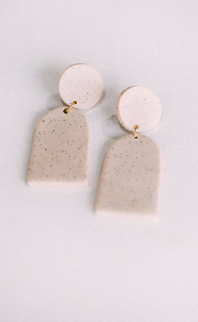 poppy dot: the halley earring - speckled cream