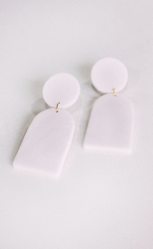 poppy dot: the halley earring - white
