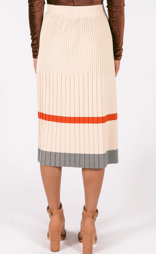 pumpkin pie pleated skirt