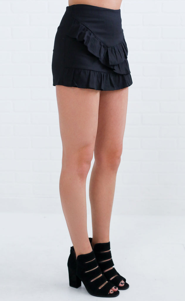 ready to ruffle skort - black