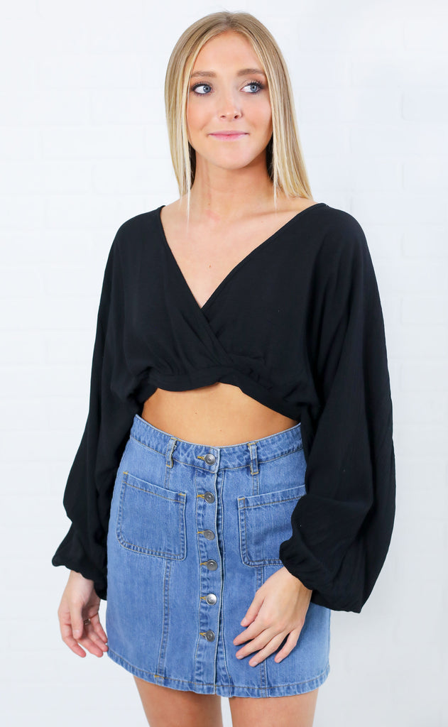 resort ready crop top - black