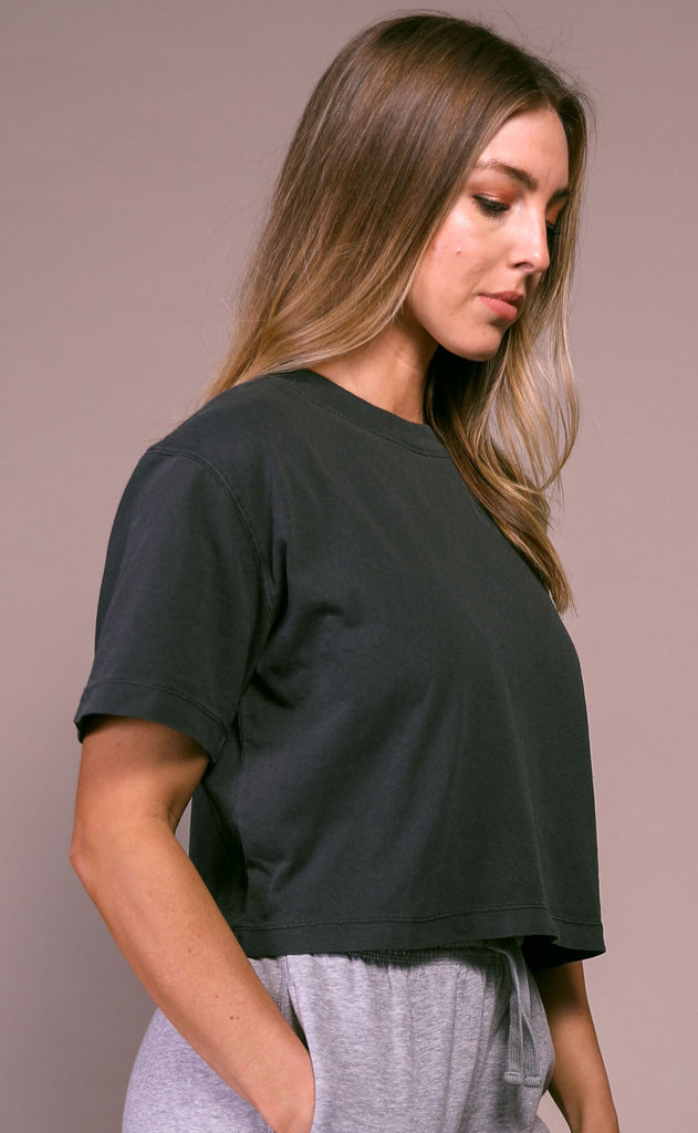 richer poorer: short sleeve crop - stretch limo