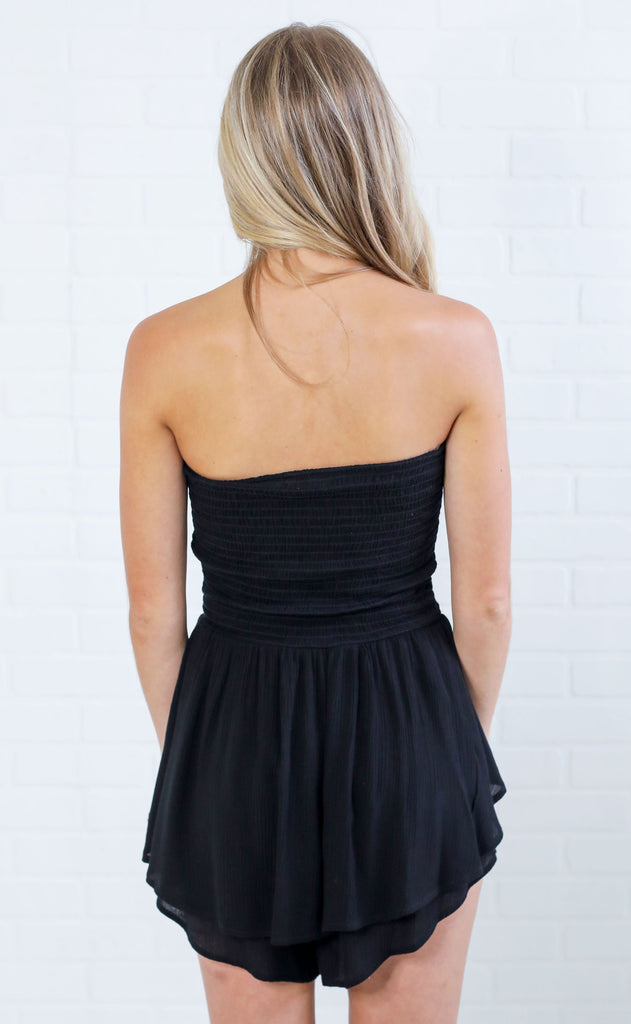 ruche hour strapless romper - black