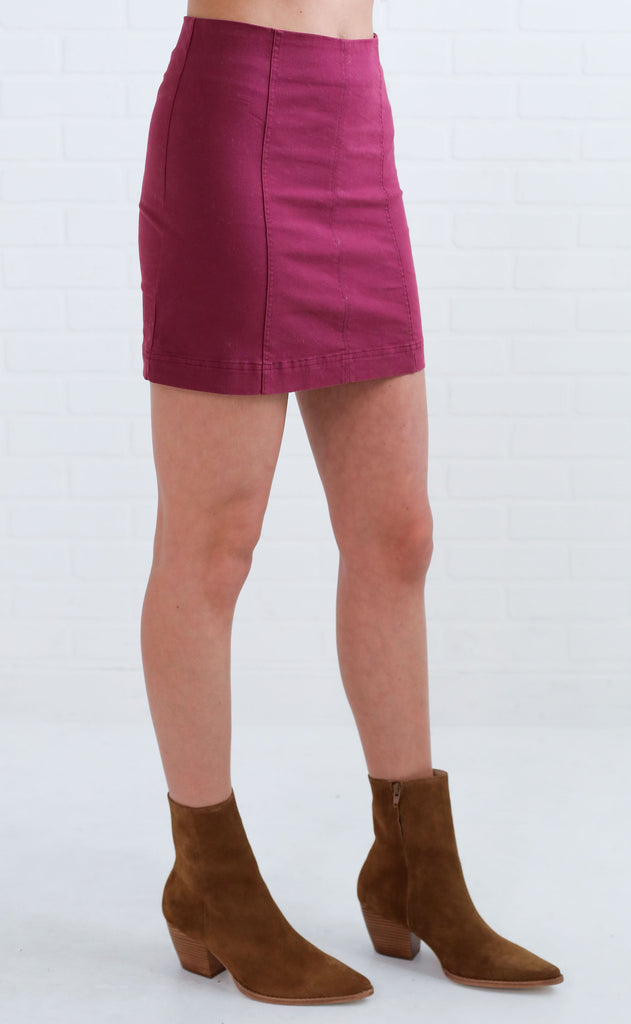 rumor has it mini skirt - maroon