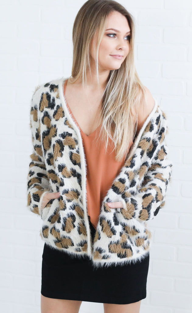 run wild knit cardigan - tan