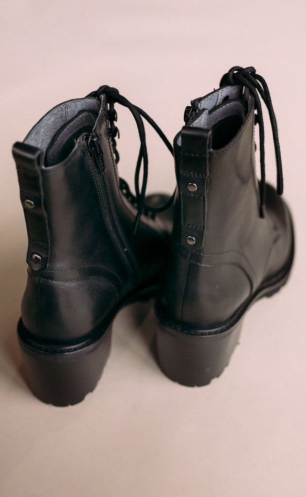 seychelles: irresistible combat boot - black