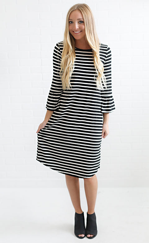 shift and shout striped dress - black