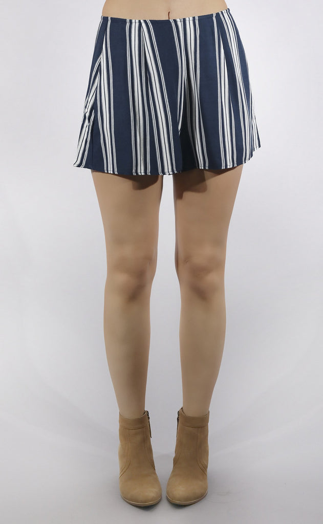 show me your mumu: sawyer short - navy stripe breeze