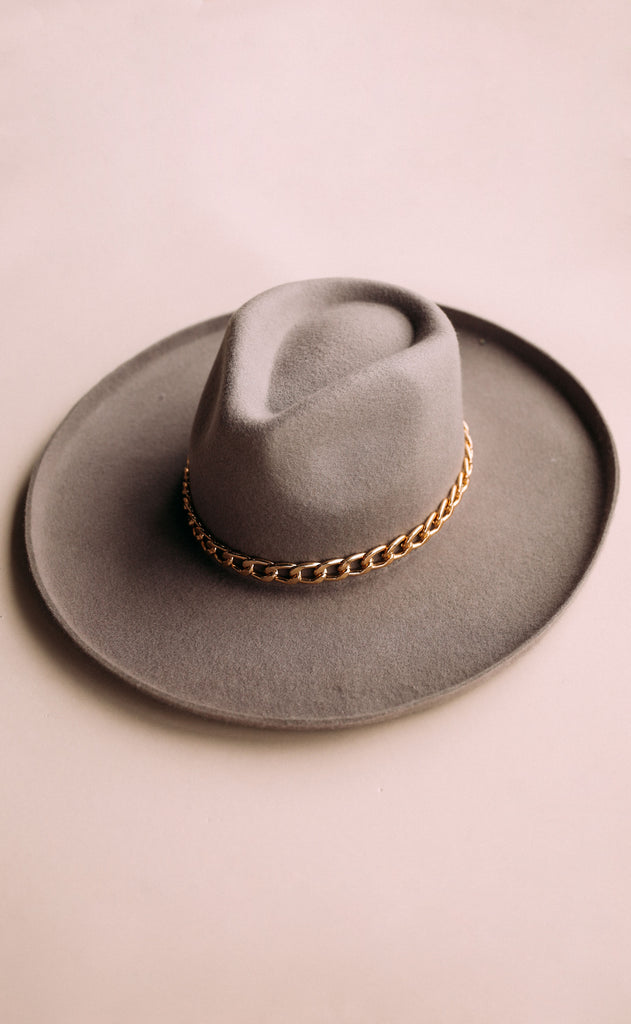 eastnwestlabel: single shot chain hat - grey