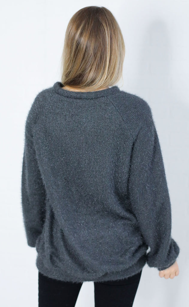sit back knit sweater - charcoal