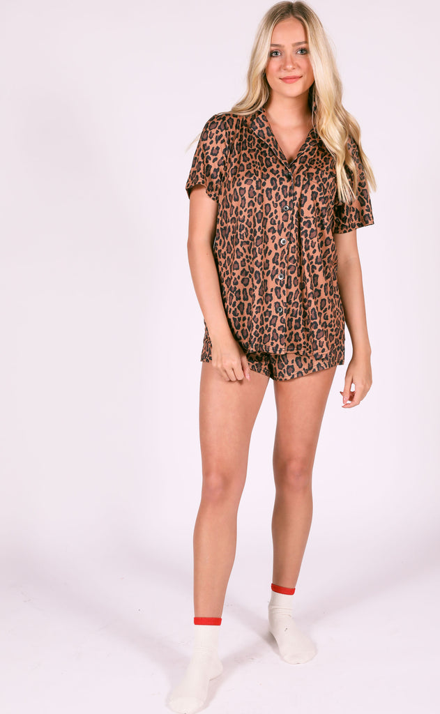 show me your mumu: sunday morning sleep set - cheetah fever print