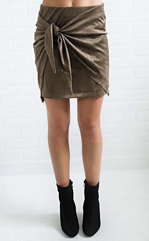 stand out suede skirt