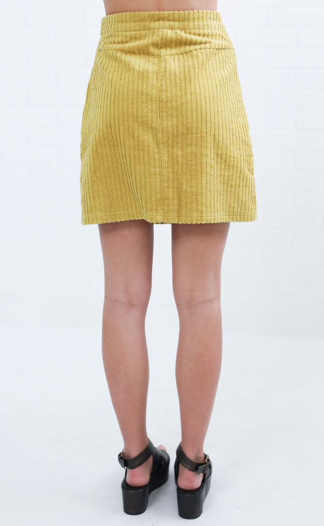 strike a cord button up skirt - mustard