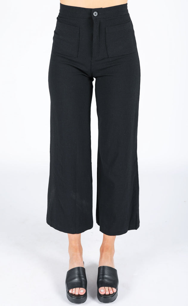 sunshine in my pocket cropped pants - black