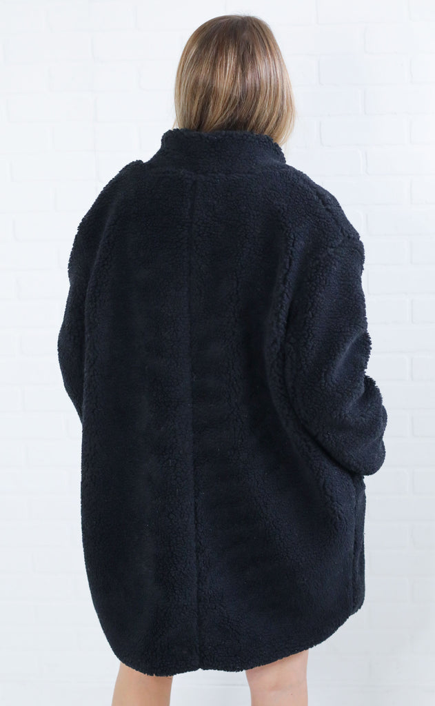 tahoe sherpa coat - black