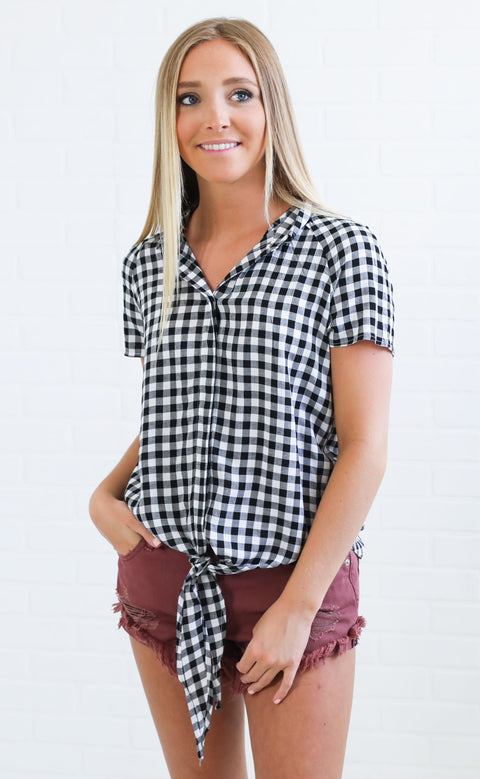 walk in the park gingham top - black