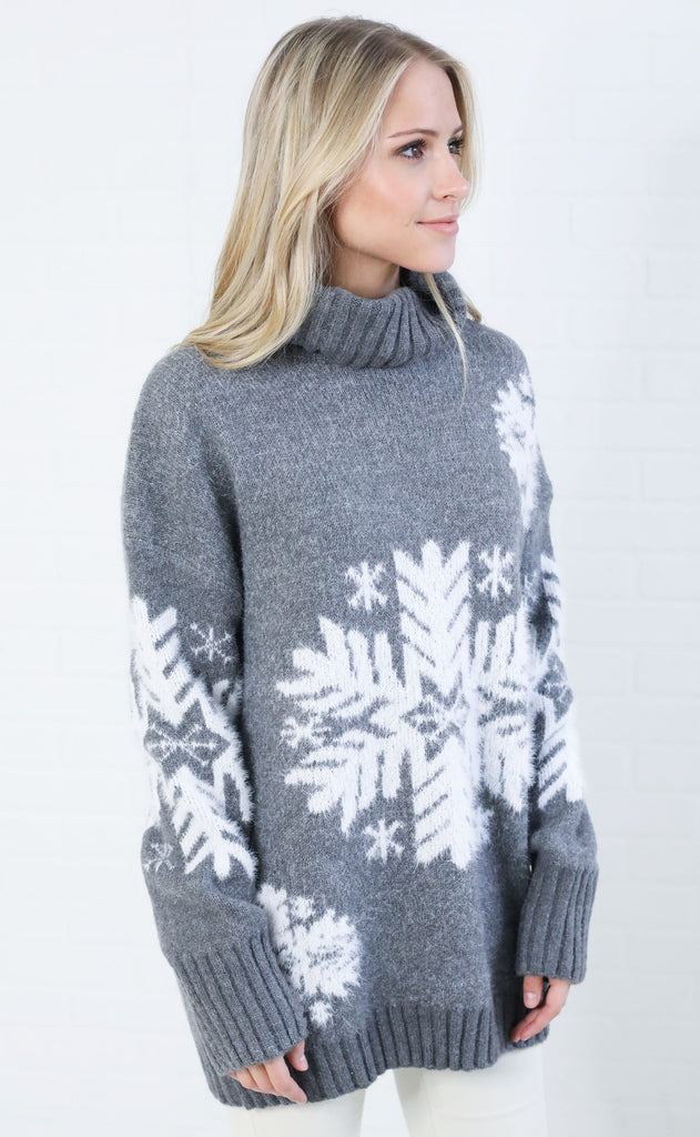 warm and toasty knit sweater - grey